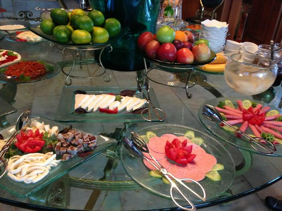 Hotel Valide Sultan Konagi: Breakfast buffet