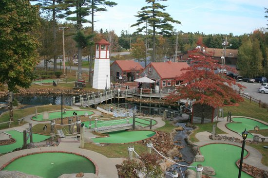 Pirate's Cove Miniature Golf: Looking down on the course