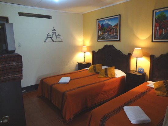 Hotel Posada Dona Luisa: rooms with either 2 or 3 beds