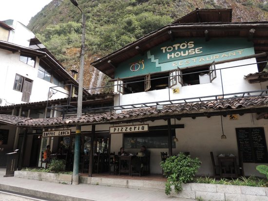 Toto's House: The front of the restaurant