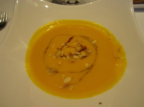 Squash Soup with Almonds at Komokieras