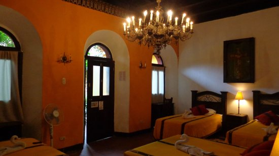 Hotel Casa Antigua : large rooms for your group