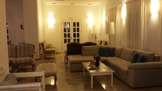 Hotel Kamari: Intérieur de l'hotel