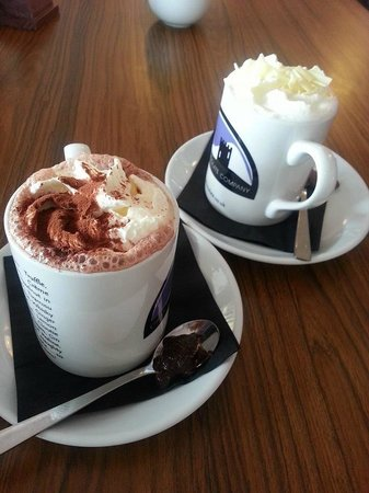 Oban Chocolate Company: Yummy hot chocolate!