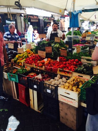 Fabiolous Cooking Day in Rome : The markets