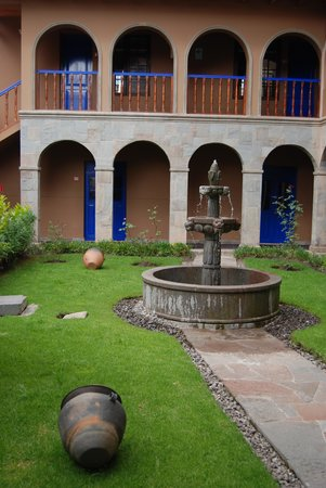 Casa Andina Standard Cusco San Blas : courtyard area