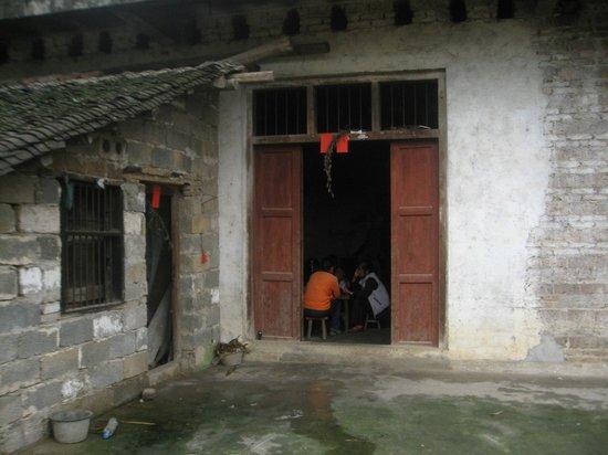 Yangshuo Historic Landscape Park : Gambling