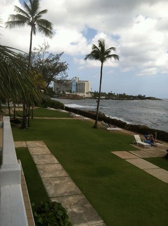 The Condado Plaza Hilton: View from hotel grounds