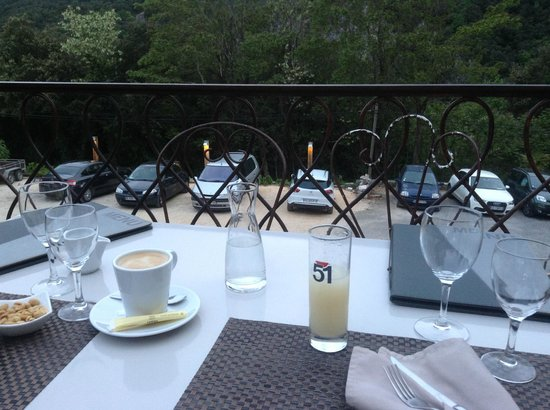 Hotel Le Belvedere: Столик на открытой веранде
