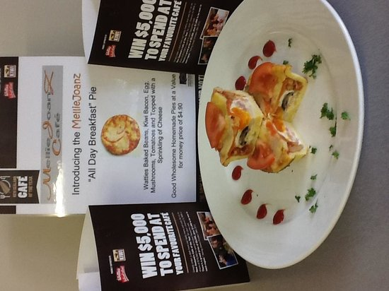 Melliejoanz Cafe & Takeaways: Pie Competition