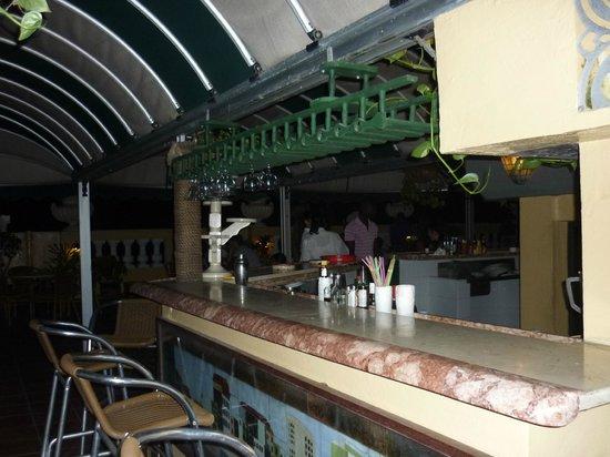 Bar En La Terraza Picture Of Hotel Inglaterra Havana