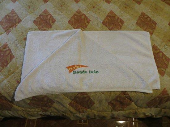 Hotel Donde Ivan: Custom towels