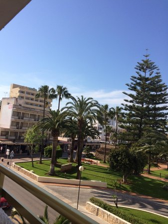 Biniamar: promenade und park
