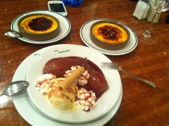 Restaurante Bar Andaluz: Crema catalana y peras al vino