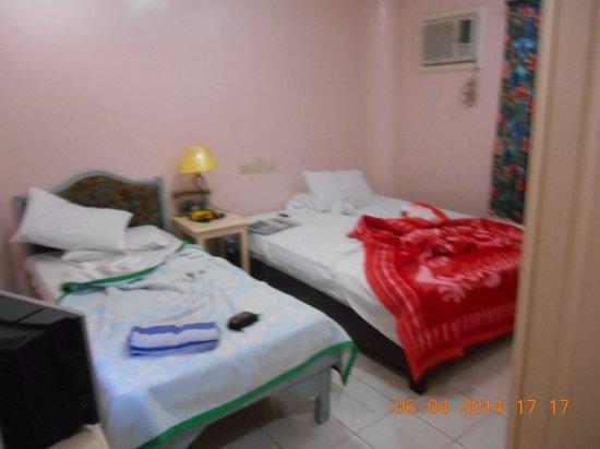 Paper Country Inn: Room 123