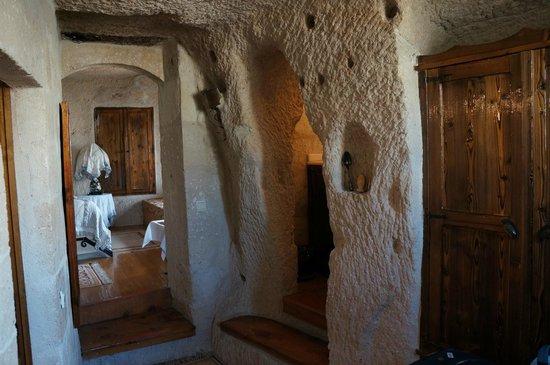 Cappadocia Cave Suites: Room 107