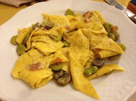 Osteria A Priori: Fresh handmade pasta with favas