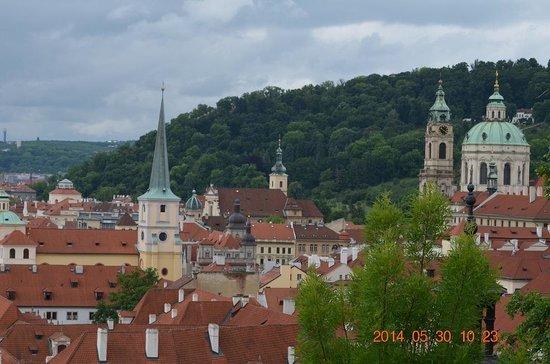 Castle District : プラハ城下1