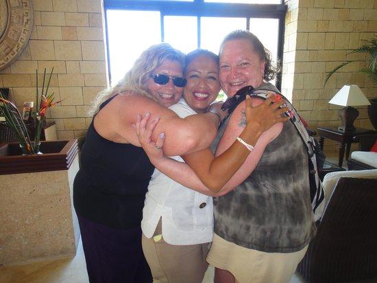 Grand Bahia Principe Tulum : The ladies with Julissa