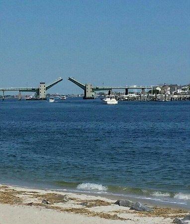 Rockaway Beach: Draw bridge
