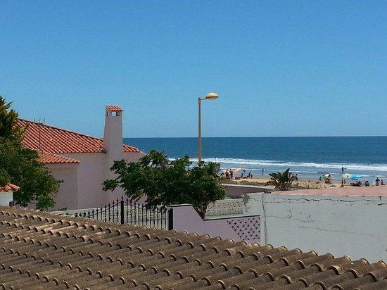 Hostal Playa: Vista dal balcone (non della camera)
