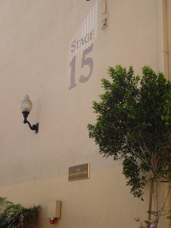 Sony Pictures Studio Tour: Where Wizard of Oz was filmed
