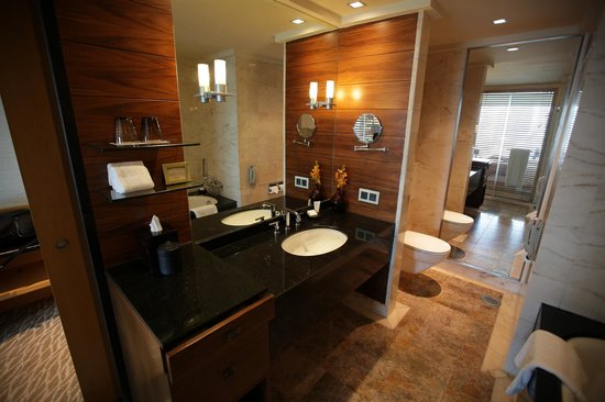 Mandarin Oriental, Singapore: Bathroom