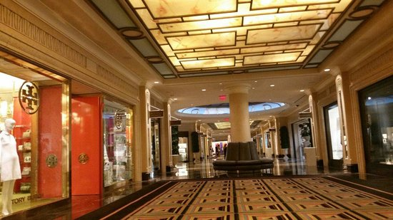 The Shoppes at The Palazzo : Hall way