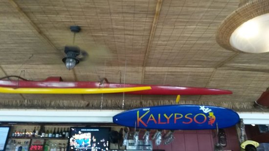 Kalypso Island Bar and Grill: Such a cool little joint
