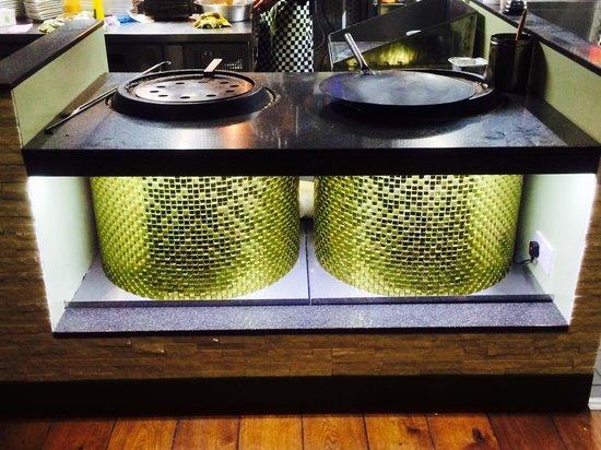 Cardamon Green: Twin Tandoor's