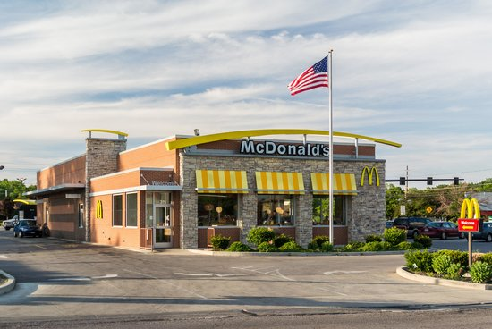 McDonald's : McDonalds Near Midway Mall