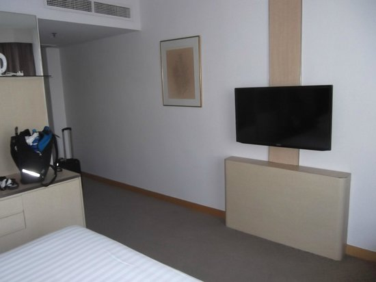 Four Points by Sheraton : TV