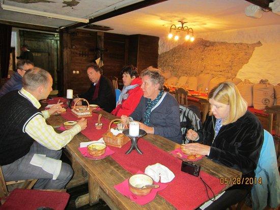 Food Sightseeing Estonia Day Tours: eating