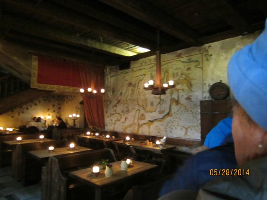 Food Sightseeing Estonia Day Tours: One of the several restaurants