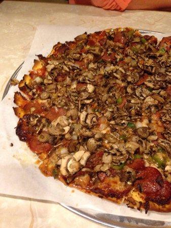 Cranky Pat's Pizza : Top Row... Mushroom heaven
