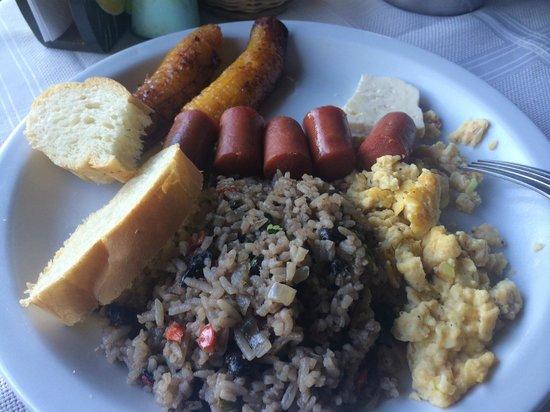 Hotel el Portico: Desayuno