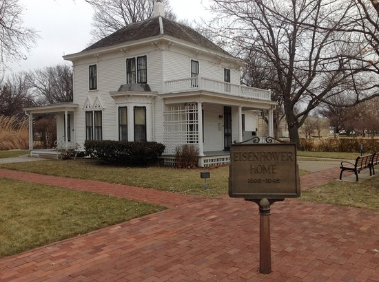 Dwight D. Eisenhower Library and Museum: Dwight Eisenhower Home