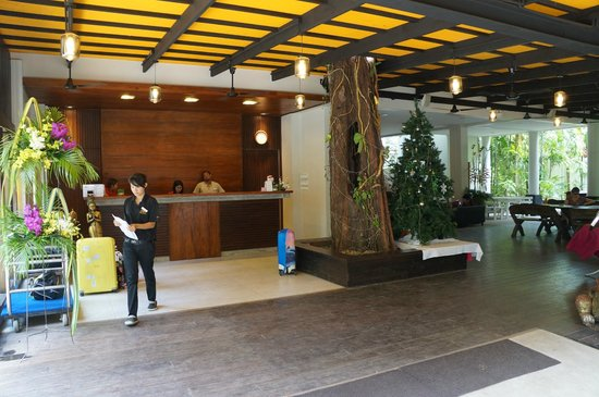 Nai Yang Beach Resort and Spa: Reception