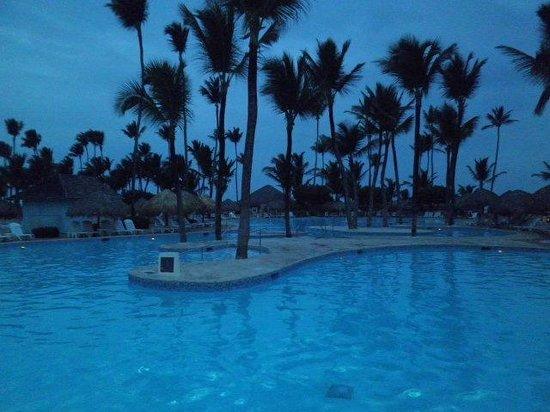 Iberostar Punta Cana: atardecer en la piscina