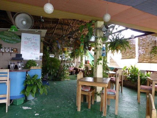 Terrazzo Ristorante & Bar: Dining room viewed towards sitting area