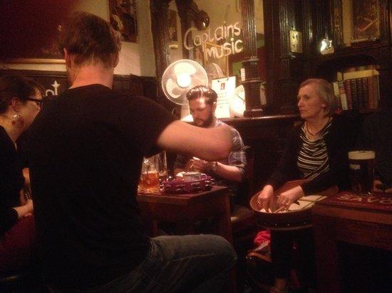 Captains Bar: Musician's corner at Captain's Bar