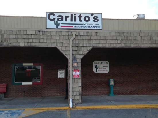Carlito's Mexican Restauran: Outside view