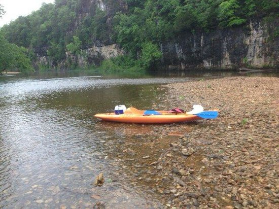 Current River Canoeing Missouri: 12 mile trip on the current with eminence canoe rental