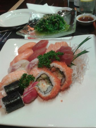 Sapporo Teppanyaki - Manchester: Seafood Starter for 3 people with individual green salad