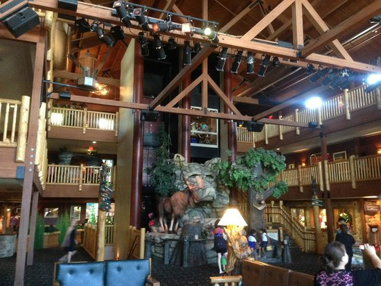 Great Wolf Lodge: Lobby area