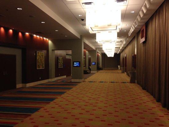 Harrah's Metropolis: lobby