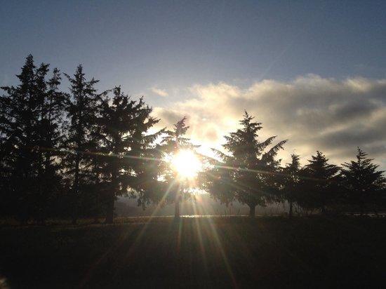 Rovers RV Park : Sunset at Chinook RV Park.