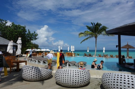 Centara Ras Fushi Resort & Spa Maldives : 泳池景觀