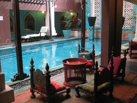 Imm Fusion Sukhumvit: Swimming Pool and Spa