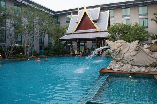 Novotel Bangkok Suvarnabhumi Airport : Pool